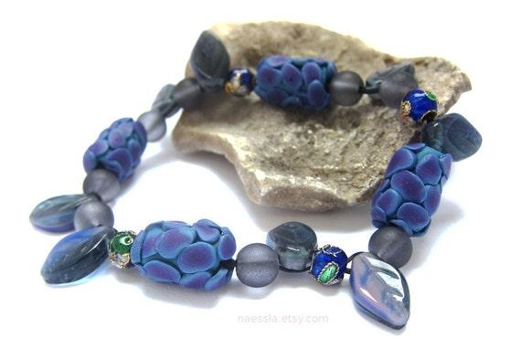 Blueberry beaded bracelet - purple blue bright stretch bracelet with glass leaves