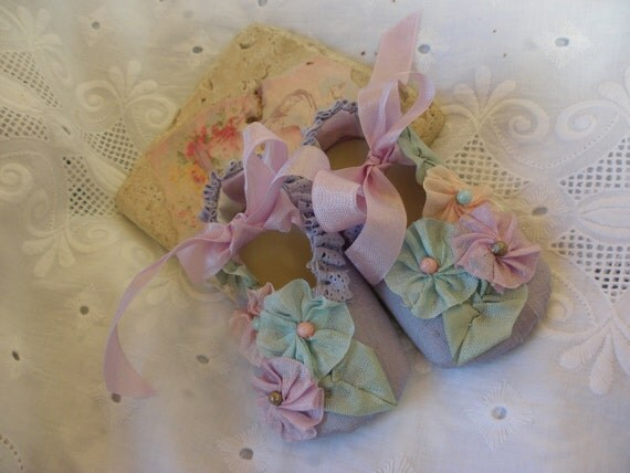 Lavender Lullaby Newborn Baby Girl Cinderella Style Princess Shoes in Dupioni Silk with French Ribbonwork Rosettes and Handdyed Vintage Lace