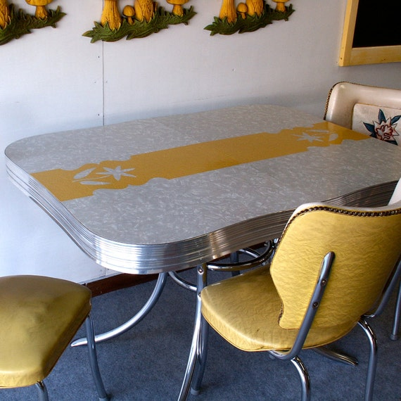 Vintage Chrome Kitchen Table: Items Similar To Vintage Yellow And Gray Formica And Chrome Kitchen Table And Two Chairs On Etsy