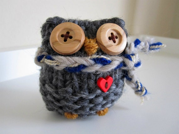 Knitted Wool Love Owl
