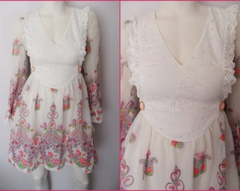 Vtg.60/70s Sheer Cotton Crochet Lace Floral Embroidered Hippie Rose Paisley Print Bell Sleeve Mini Dress.S/M.Bust 36-38.Waist 28-30.
