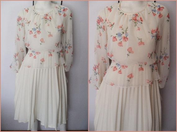 Vtg.70s Cream Floral Chiffon Sheer Long Sleeve Pleated Full Skirt Dress.S/M.Bust 36-38.Waist 28-30.