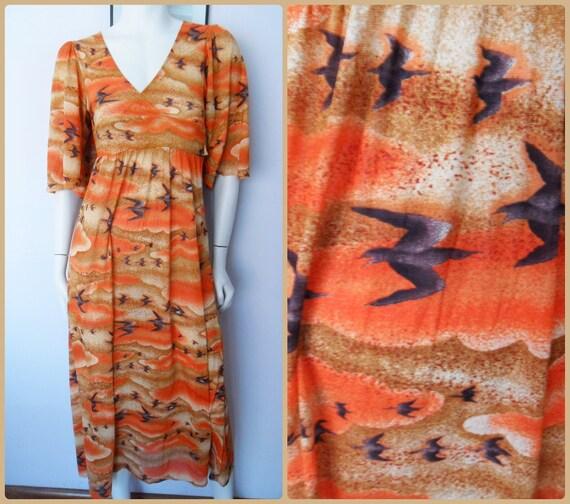Vtg.70s Burnt Orange Tan Brown Bird Summer Sky Print Angel Kimono Sleeve Maxi Dress.S.Bust 32-36.Waist 27-32.