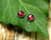 Lovely silver studs earrings, garnet, metalwork, everyday tiny earrings,