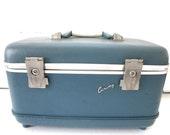 Vintage Train Case with Mirror Blue Airways TREASURY ITEM