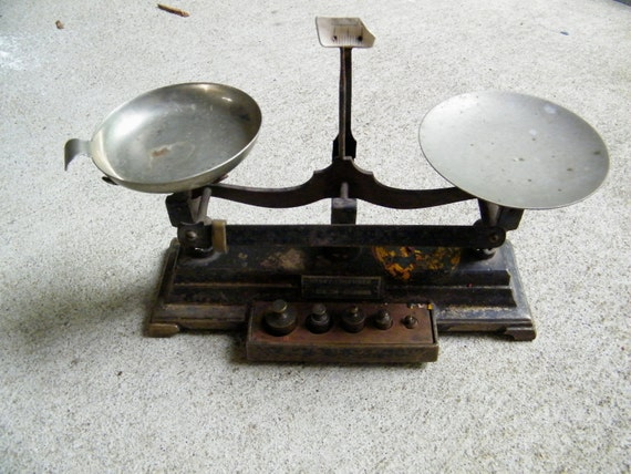 Pharmacy Scale / Henry Troemner Philadelphia PA / Weights