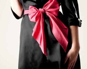 Vintage 1940s Dress Black Satin Wrap Around Shocking Pink Sash 1950s
