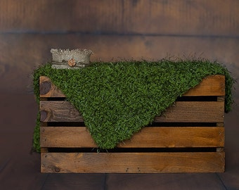 Faux Grass Mat, Grass mini blanket,  Grass Photo Prop, Green Mossy Blanket, Grass posing mat