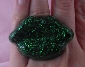 GREEN Glitter LIPS RING Resin Large Cute Rockabilly St Patricks day, Kiss me, Im Irish