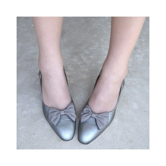 Silver Bow Tie High Heel Sling Backs Vintage Shoes Size 8.5