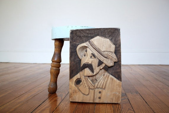 Natural Primitive Wood Carving Folk Americana Wall Hanging Man with Pipe Rustic Home Decor