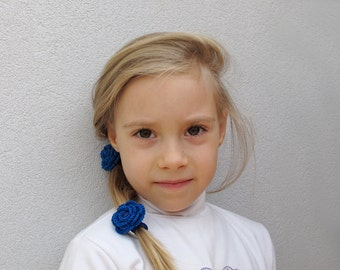 Blue crochet flower elastic hair ties
