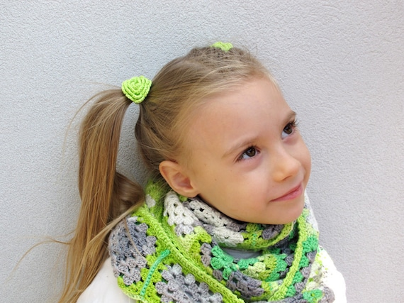 Yellow-green crochet flower elastic hair ties - Set of 2 christmas