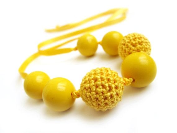 Yellow versatile necklace / bracelet with crochet beads