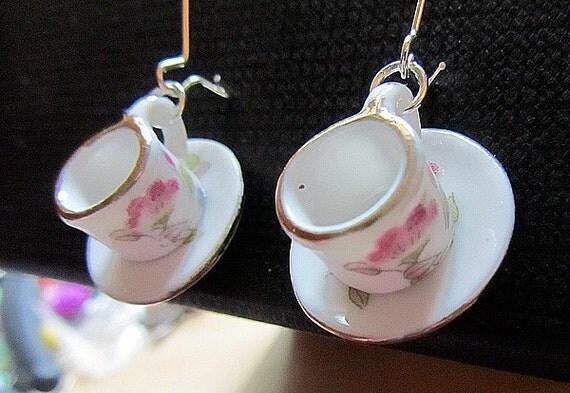 Alice in Wonderland Porcelain Hand Painted Tea cups earring