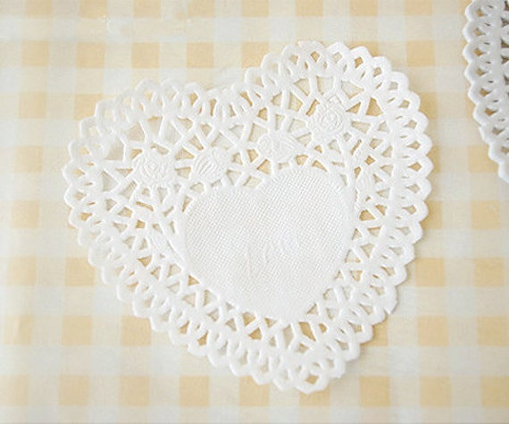 Rose Heart Paper Doilies 4 inch (50 sheets)