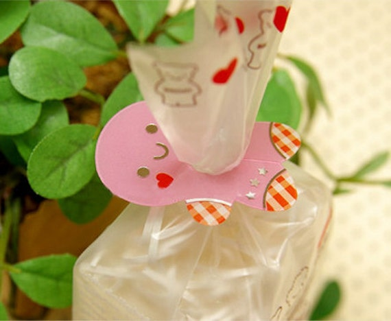 Gingerbread Pink Clear Ties (20 pcs)