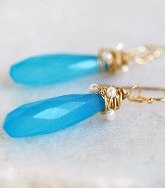 Isabel - Chalcedony Elongated Drops Shape Briolettes, Superb-Finest Quality Freshwater Pearls Gold Fill Wire Wrap