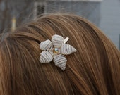 White with Yellow Center Beaded Flower Hair Clip