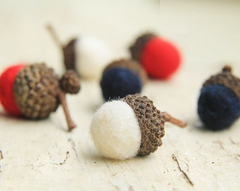 Patriotic RED WHITE & BLUE Wool Felted Acorns set of 24| boho, cottage chic, woodland, rustic