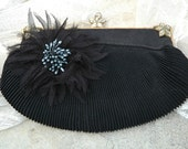 VINTAGE PURSE WITH and FLOWER