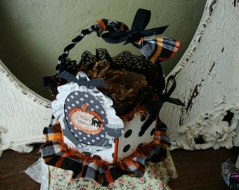 Halloween gift basket candy Treat container embellished Paper Mache Black and white polka dots Happy Halloween Table deco