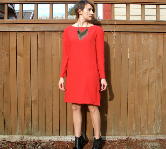 Lipstick Rouge 80s Bright Red Shift Dress with Boat Neck, Small