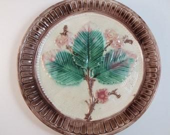 Antique Majolica Plate Leaves 8 inch