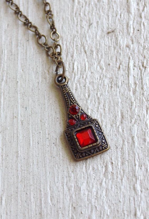 scarlet eiffel tower - necklace