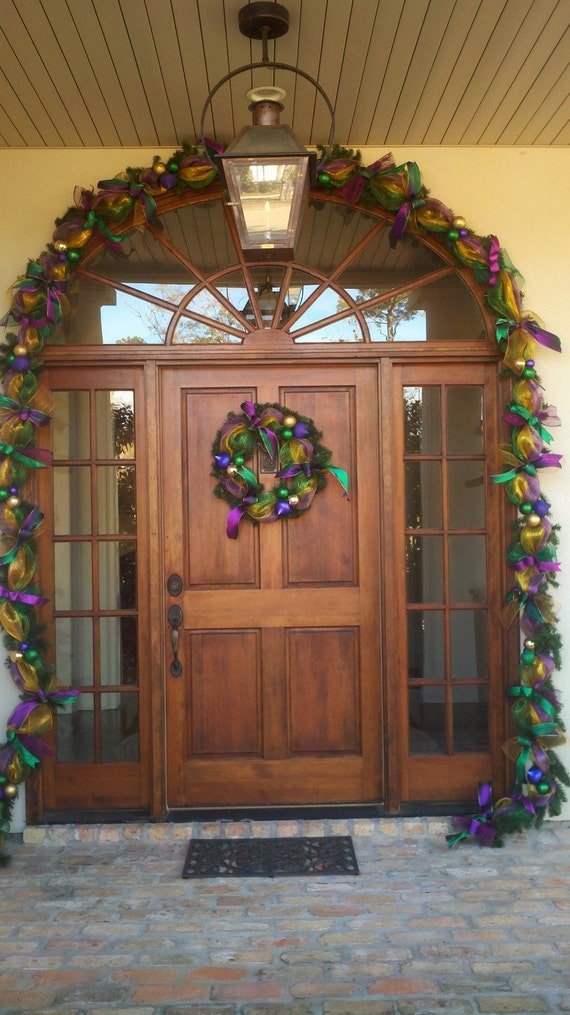 Pre lit  Mardi Gras Garland from New Orleans
