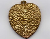 4 Hollow Floral Heart Brass Metal Stampings