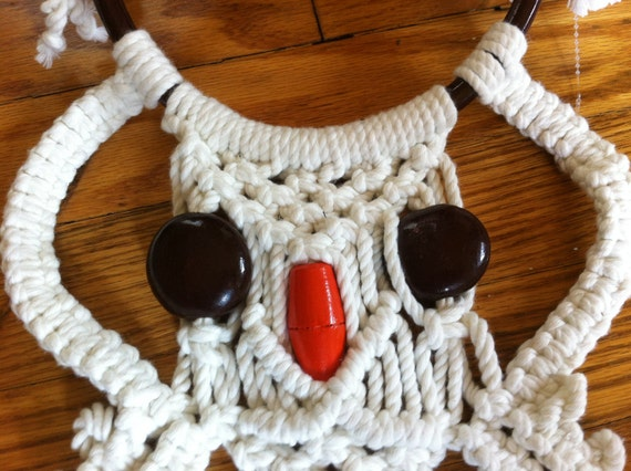 Owl Macrame with Wood Vintage Cotton