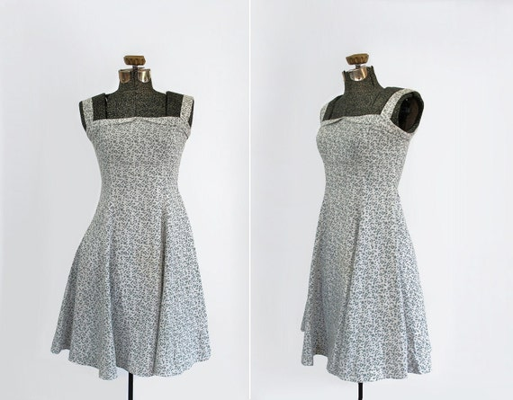 vintage 1970s sundress // 70s Laura Ashley floral cotton day dress // size small