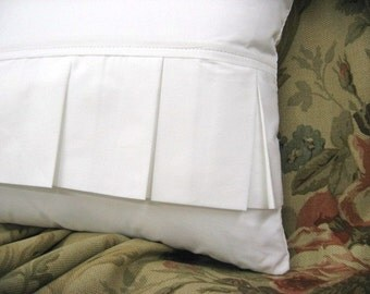 Flirty Pleated Pillow Covers in linen and cotton great for any shabby chic  20x13 breakfast pillow