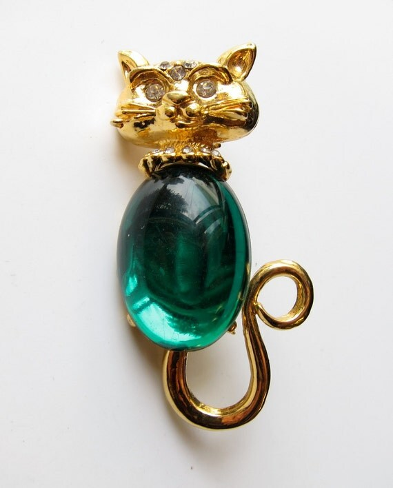 Jelly Belly Cat Brooch - Green Kitty Cat Pin. Green Cabachon