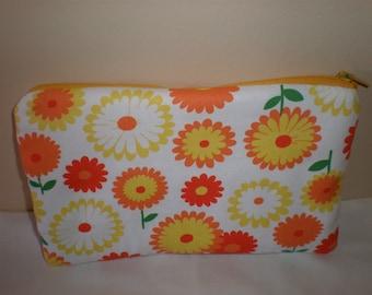 Medium zipped pouch    make up organizer bag   Sunflower smile