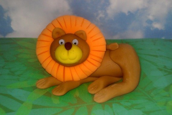 Lion King Cake Decorations Uk : Items similar to Fondant Lion King of the Jungle Cake or ...