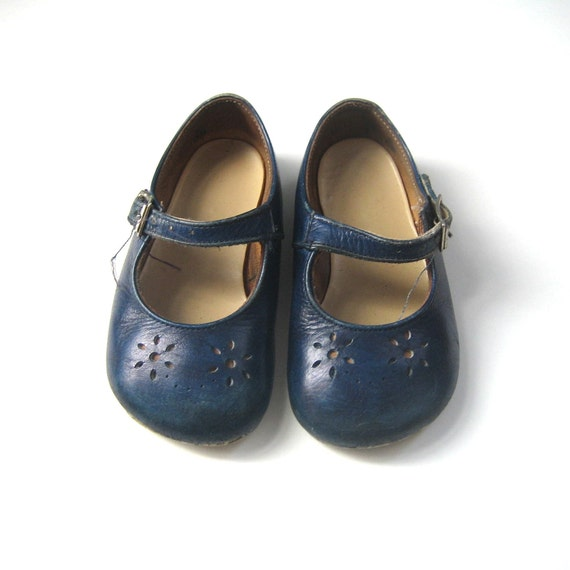 Navy Blue Leather Mary Jane Shoes