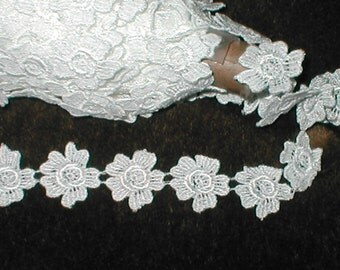 Venice Lace Florette Trim white or ivory