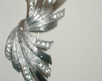 Vintage 1960s Brooch Pin