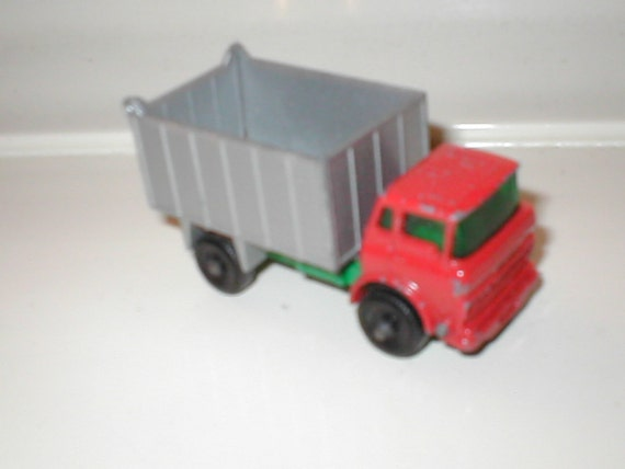 Vintage Matchbox No.26 G.M.C. Tipper Truck