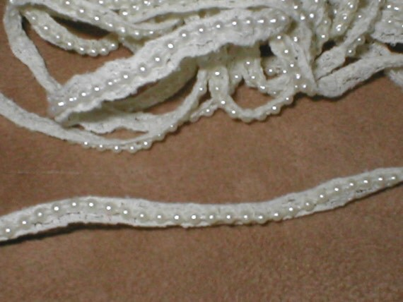 Ivory Lace and Pearl Rope Narrow Edging Trim