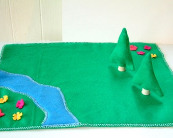 Felt Play Mat With Trees -  The Kings Land - Woodland - Doll House Lawn - Felt Toy - Zooble FPM1