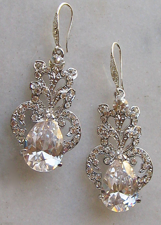 Stunning Rhinestone Chandelier Earrings Swarovski Crystal