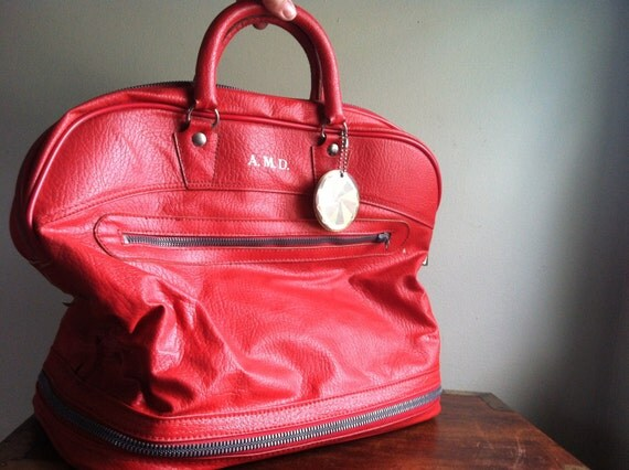 Carry-On Bag - Vintage Red Expandable Ventura