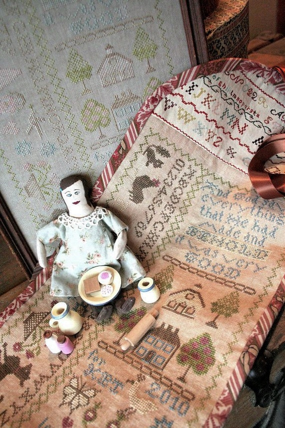 Church Doll Sampler Roll Pattern