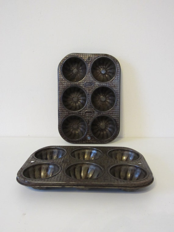 Vintage Baking Tins, ECKO, Pair of 2