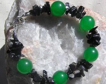 "Green Agate & Black Onyx Crystal Gemstone Bracelet ""Hellebore"", Green Bracelet, Black Bracelet, Chakra Bracelet, Leo Bracelet, Chunky"