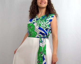 1970s Vintage Maxi Dress Alice of California White with Blue and Green Tropical Print  Dress