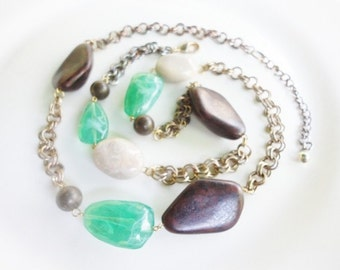 long vintage necklace with faux green brown and marbled  gemstones